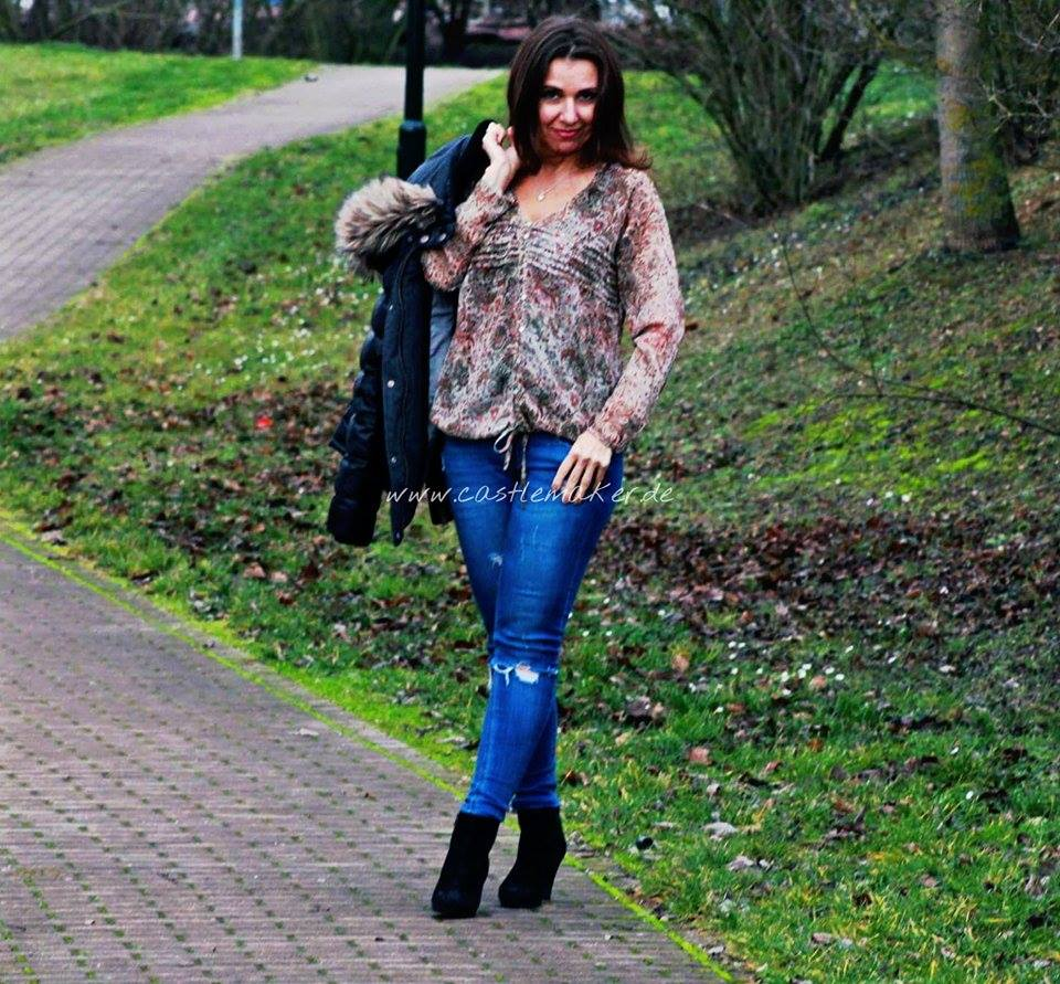 boho bluse mit destroyed jeans