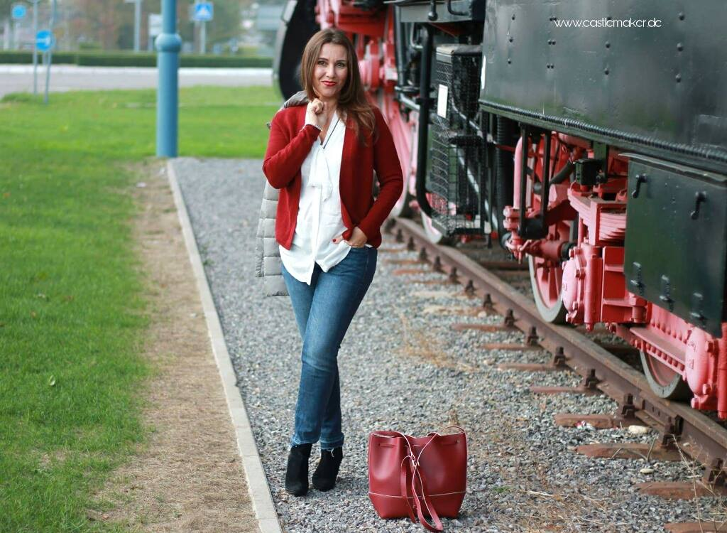 rote strickjacke herbstoutfit graue streppjacke soliver lifestyle