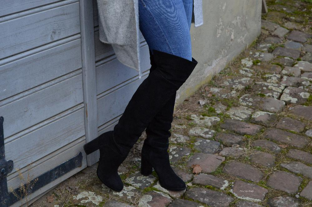 7 styles with the colour black schwarze Overknees fashionblog lifestyle-blog castlemaker modeblogger