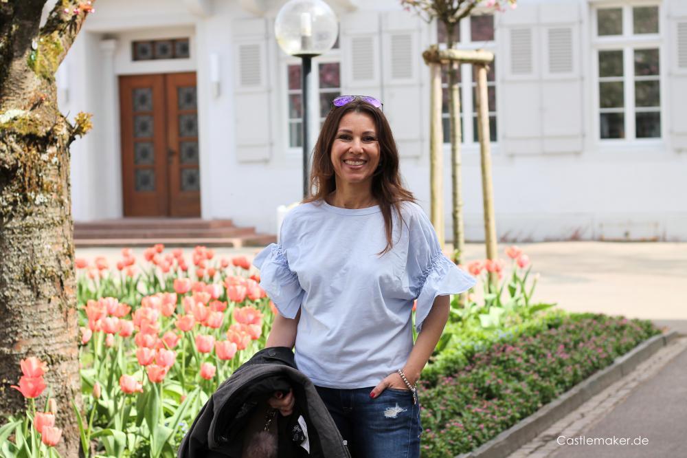 bikerjacke kombinieren jeansstyle mit lederjacke outift idee getoente sonnenpflege mit hyaluron medipharma Castlemaker Lifestyle-Blog