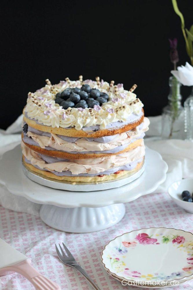 Heidelbeertorte naked cake mit Limettenbiskuit und Baiserboeden Rezept Castlemaker Lifestyle-Blog Foodblog aus Baden