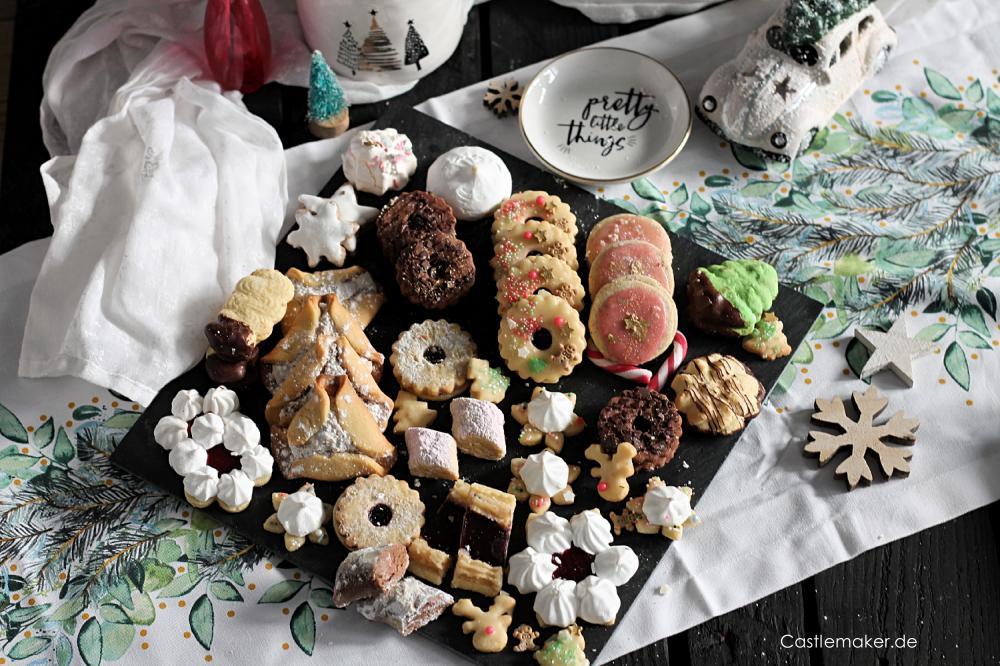 Pfaffenhuetchen mit nussfuellung nussplaetzchen weihnachtsgebaeck kekse rezept Castlemaker foodblog aus baden